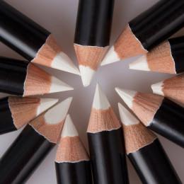 Nowy biały Eyeliner makijaż gładka łatwy w noszeniu oczy rozjaśniacz wodoodporny biały oczy kredki do WH998