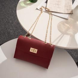 Elegancka klasyczna skórzana torebka damska młodzieżowa na złotym łańcuszku modna oryginalna