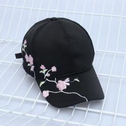Seioum kobiety kapelusze letnie symetryczne kwiatowe hafty wbudowana izolacja czapki z dzianiny Femme czapka z daszkiem regulowa