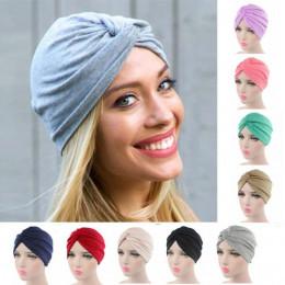 Modne damskie nakrycie włosy w formie eleganckiego ciepłego turbana bawełniana czapka onkologiczna kolor czarny szary