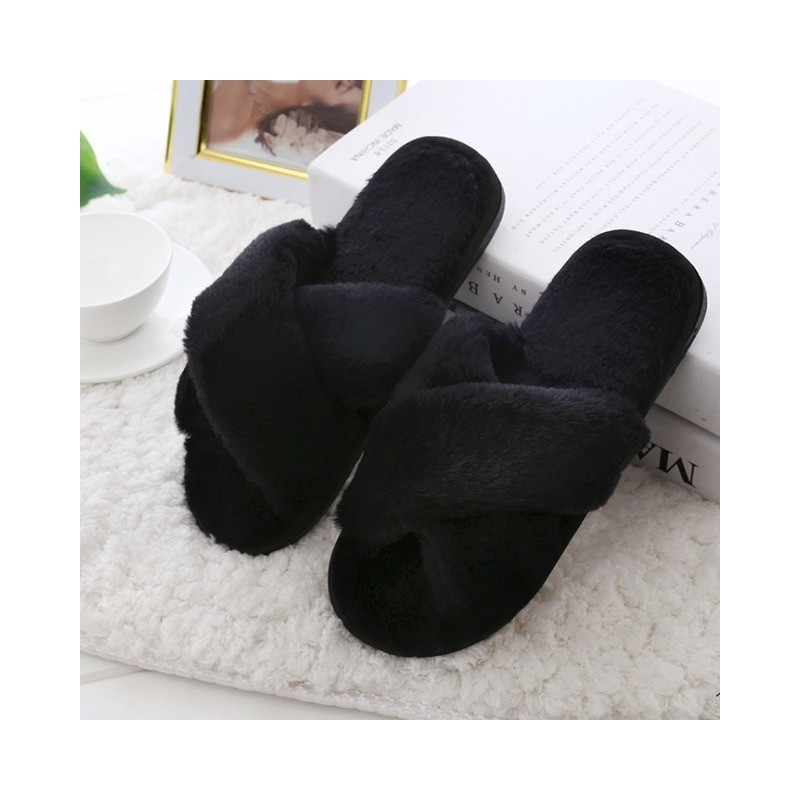 Duży rozmiar 4.5 13 klapki damskie skórzane buty zimowe 2019 new arrival klasyczne płaskie krótkie klapki pluszowe kobiety ciepłe kapcie domowe