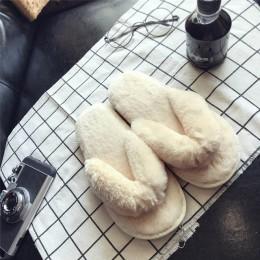 Pluszowe kobieta kapcie klapki japonki Plus rozmiar Slip On dla pań Faux futro slajdy wypoczynek zimowy domu pantofel kobiet mie