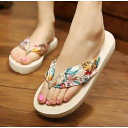 Kwiat wydruku na co dzień kobiety kapcie nowa plaża buty na koturnie kobieta letnie ubranie Plus rozmiar 35-42 kobiety klapki ja