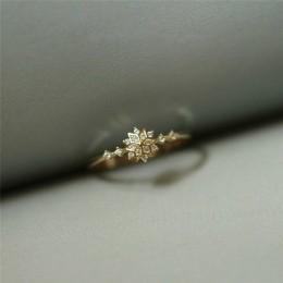 Delikatny pierścionek dla kobiet płatek śniegu ślubny Chic Dainty