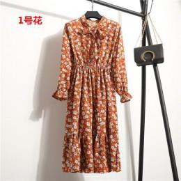 Długa sukienka damska odcinana w pasie we wzory modna na długi rękaw zwiewna na lato wiązana pod szyją