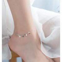 Łańcuszki na nogę